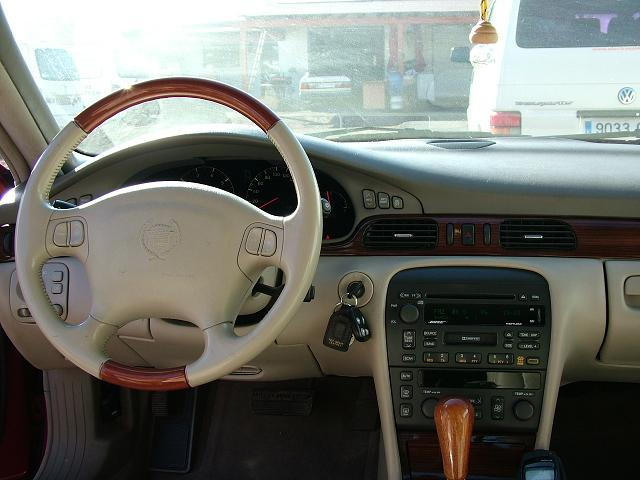 CADILLAC STS FULL EXTRAS